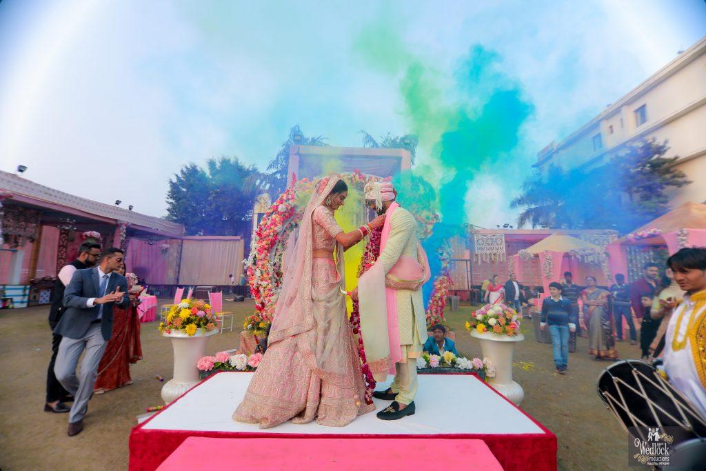 blue smoke bomb wedding stage ideas