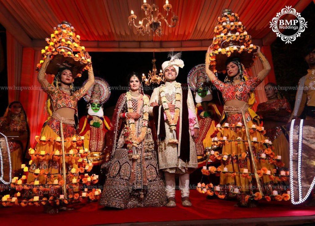 wedding dance troupe latest jaimala theme