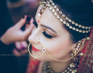 7 Symbolic Accessories worn by Indian Married Women