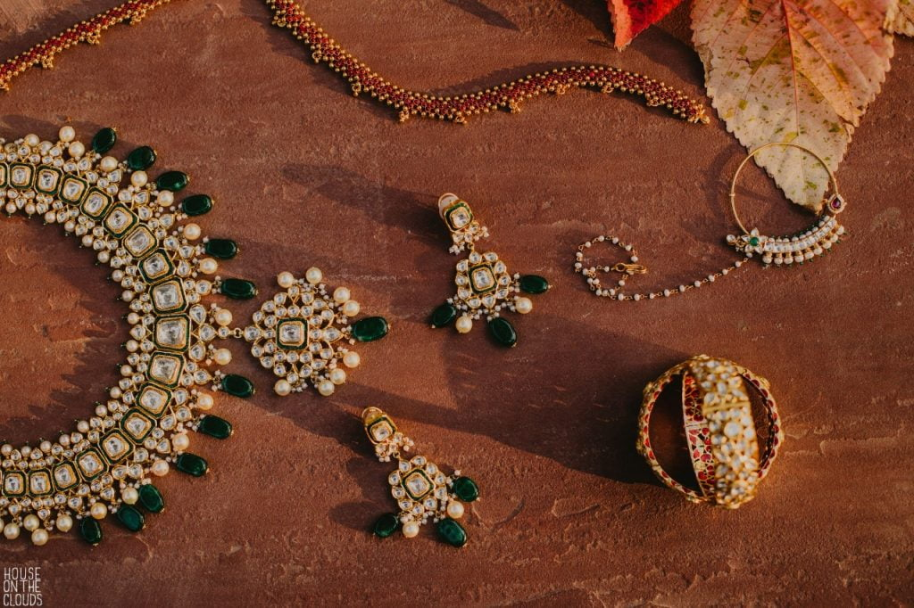 Palak's Indian Bridal Jewelry Picture with a neckpiece, earrings and bangles