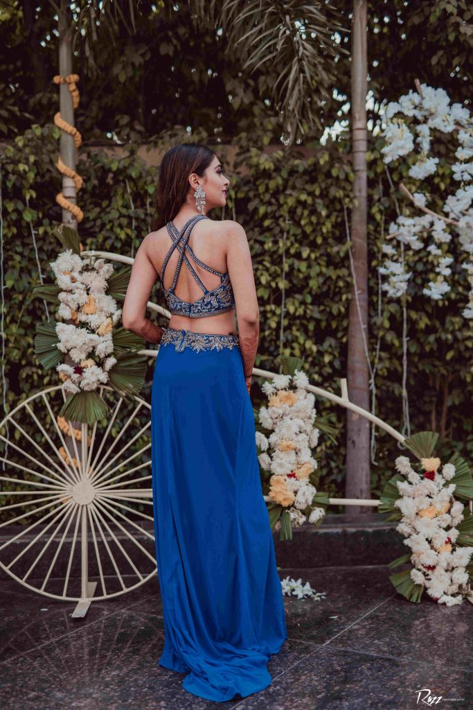 strappy-criss cross lehenga back design