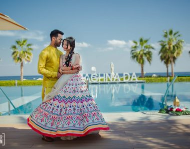 A Sumptuous Beach Wedding in Dubai with Moroccon Style Mehendi!