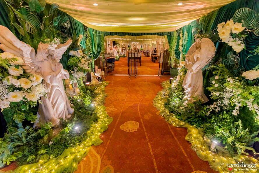 Fairytale-like decor for this Dusit Thani Hua Hin Wedding