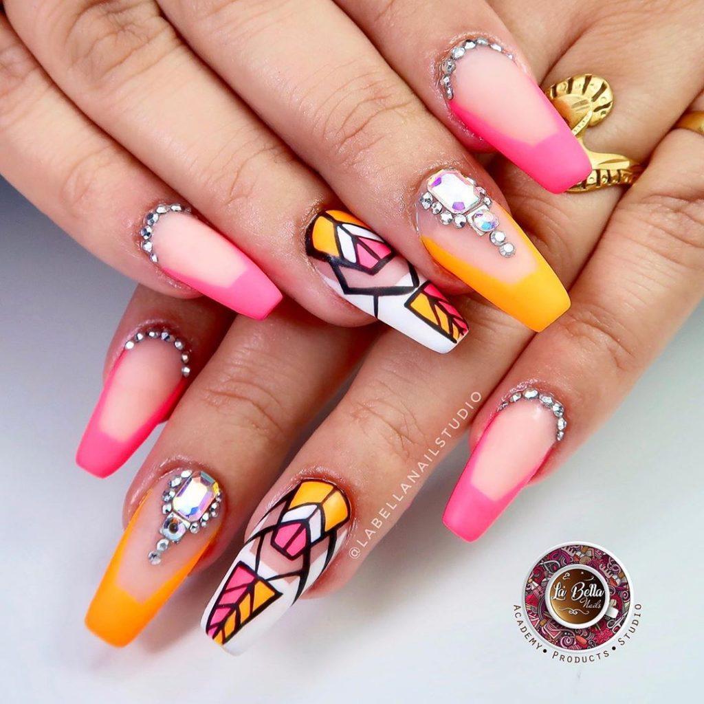 geometrical print glitter ombre nail art by la bella nail studio