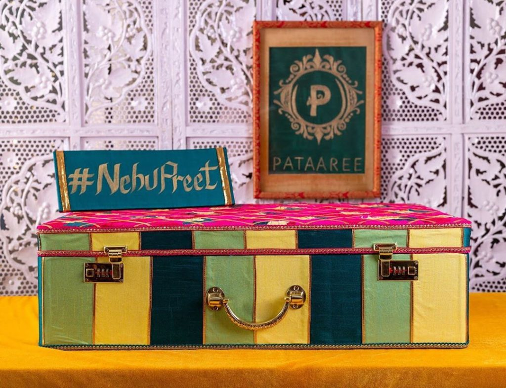 striped home decor trunk for nehupreet mehendi