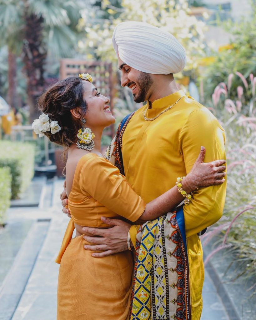 neha and rohanpreet romantic couple photography