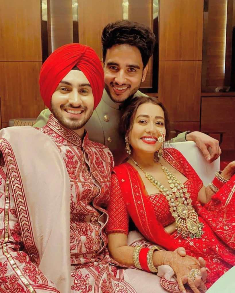 neha kakkar wedding selfie