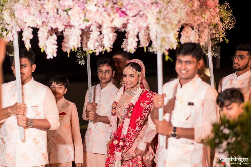Shalini entering her marriage mandap at Thailand in a royal way