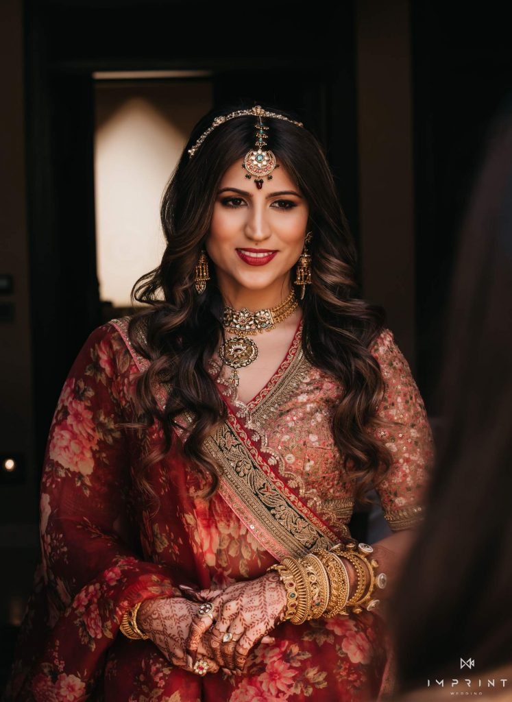 matching jewellery for maroon wedding lehenga