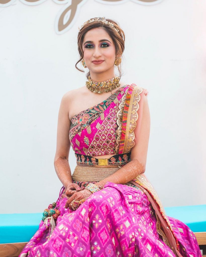 multi-colored choker with pink lehenga