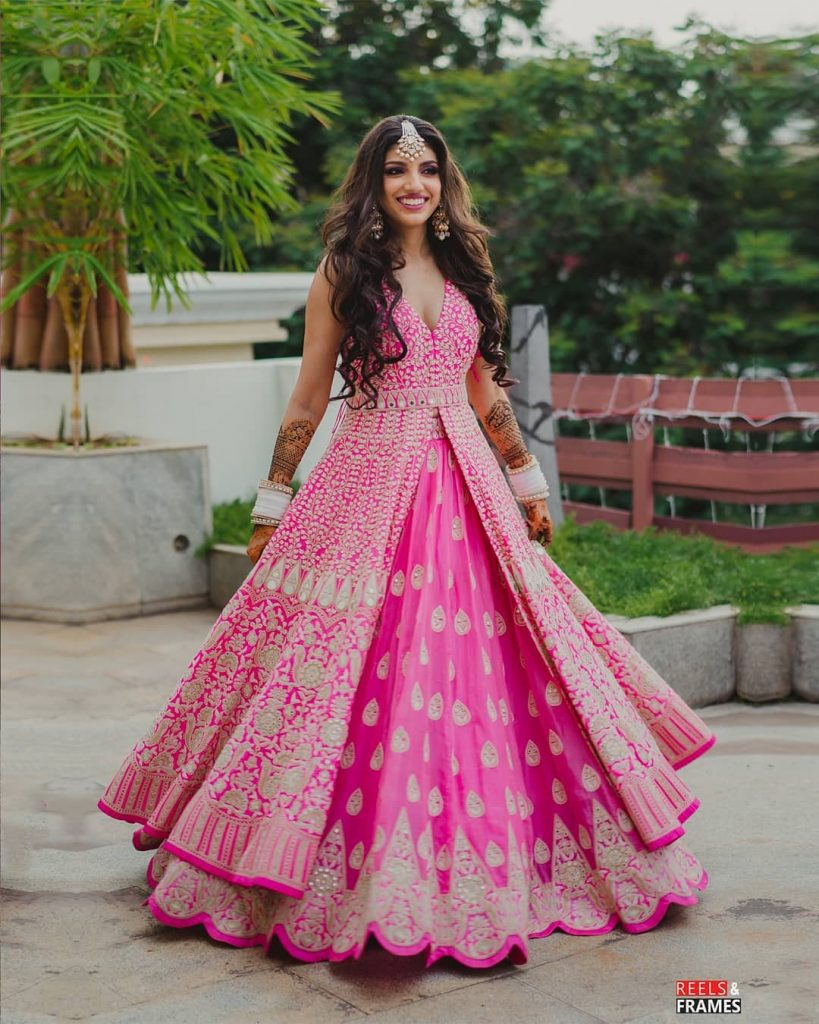pink front open slit kurta lehenga with silver embroidery mehndi dress code for bride