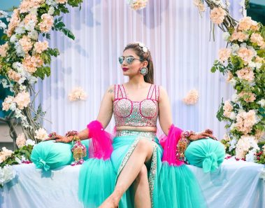50+ Gorgeous Mehendi Outfits for Brides to Rock in 2020!
