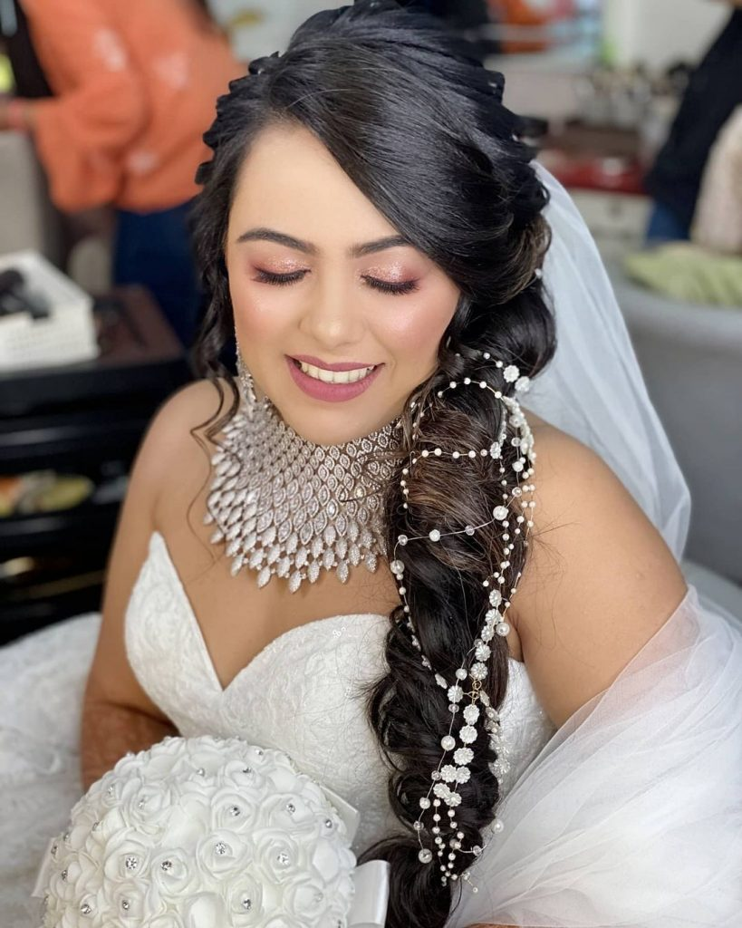 side-braid hairstyle for round face for wedding