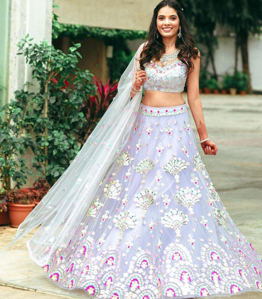lilac net threadwork lehenga mehendi look for bridesmaid