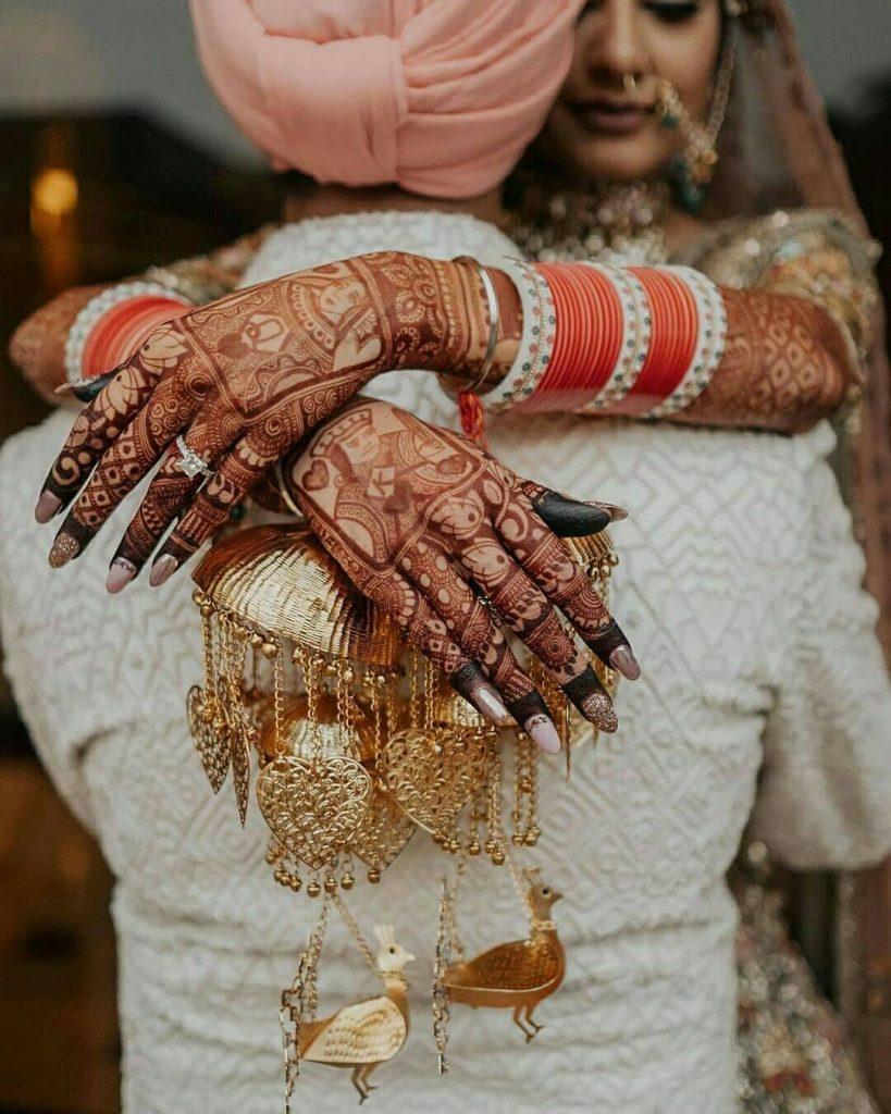 Cards Back Hand Mehandi Design For Brides