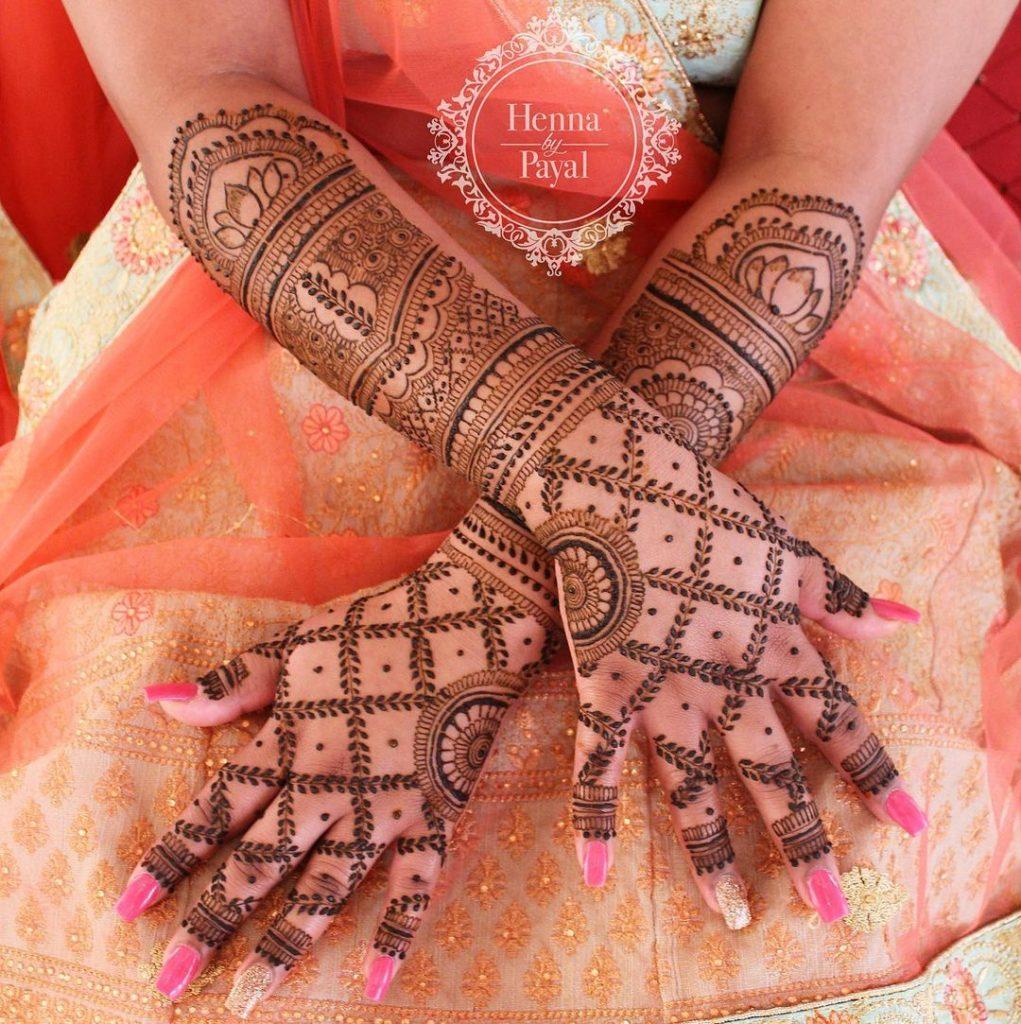 Leafy Grid meshwork design for back hand bridal mehendi