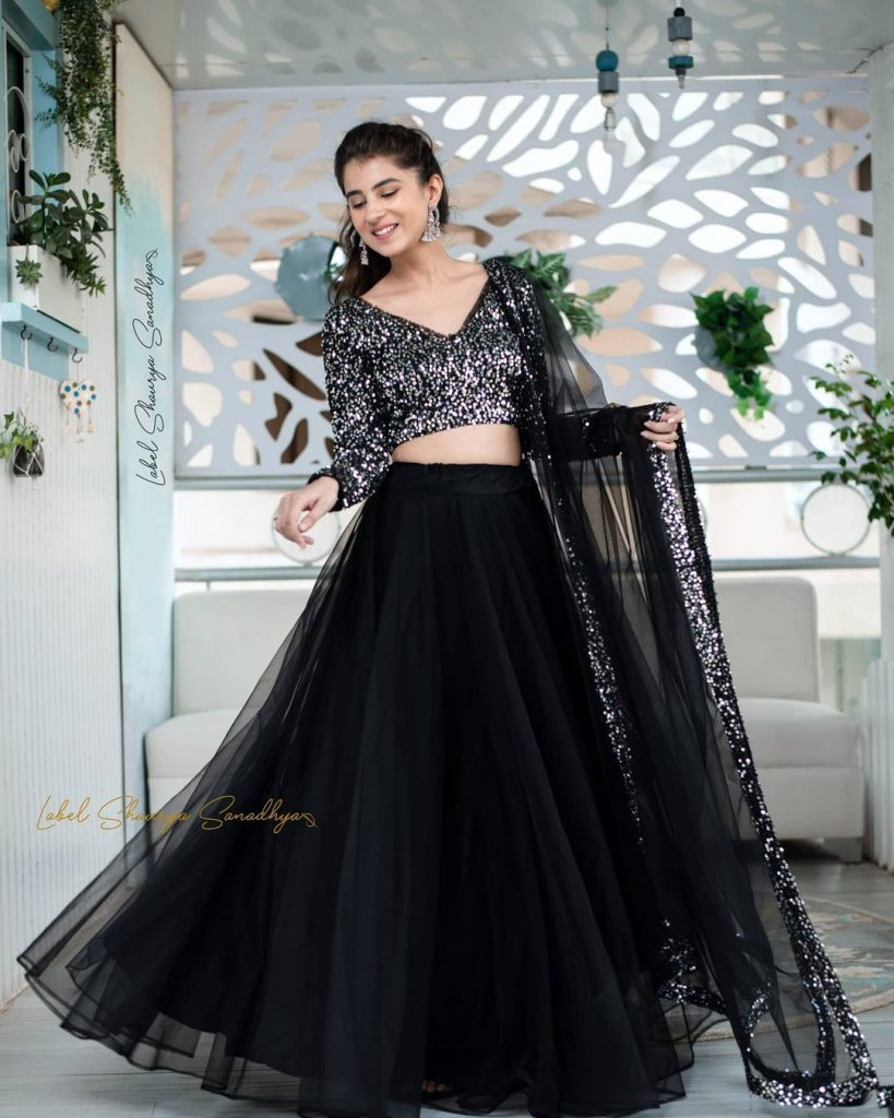 black and silver lehnga combinations