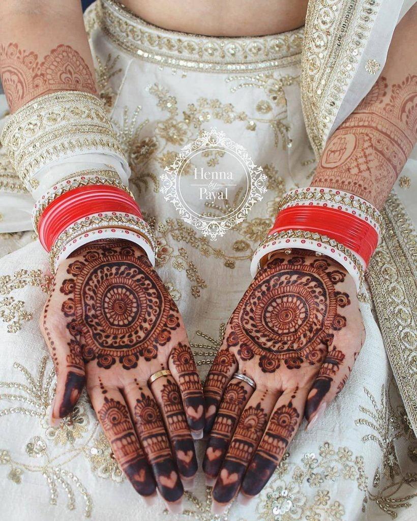 chakra front hand bridal mehndi