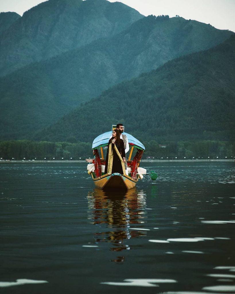 Pre wedding shoot ideas on boats