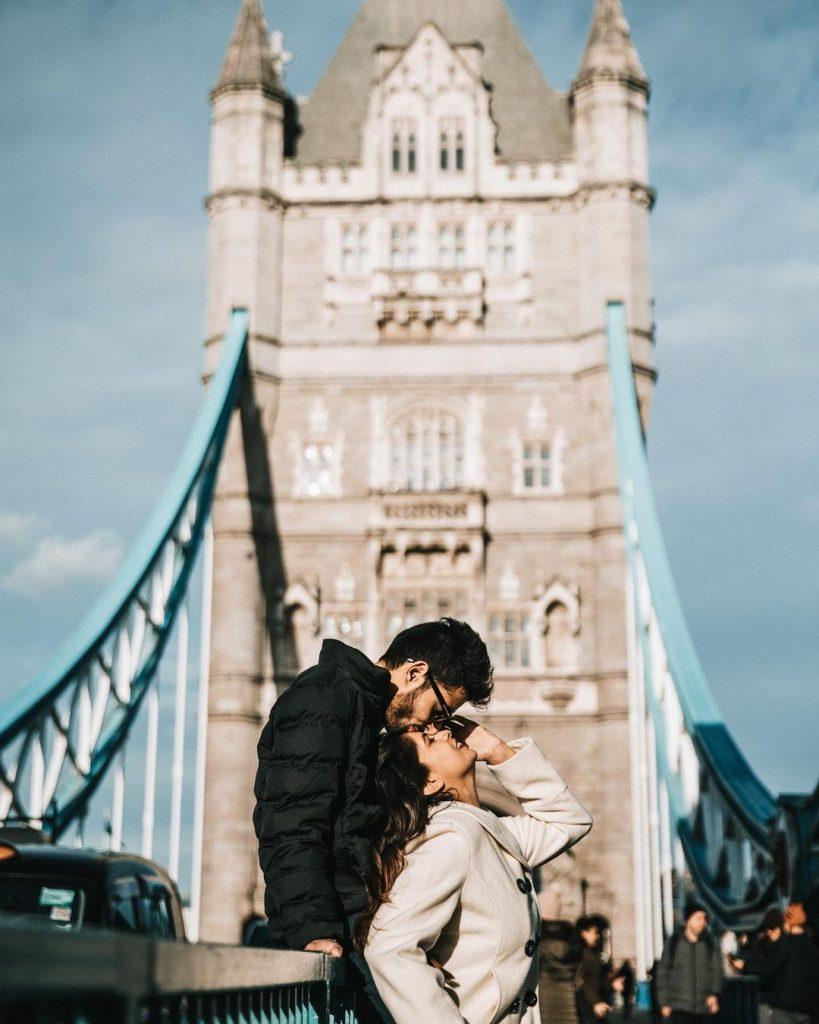 pre wedding shoot pose ideas in london