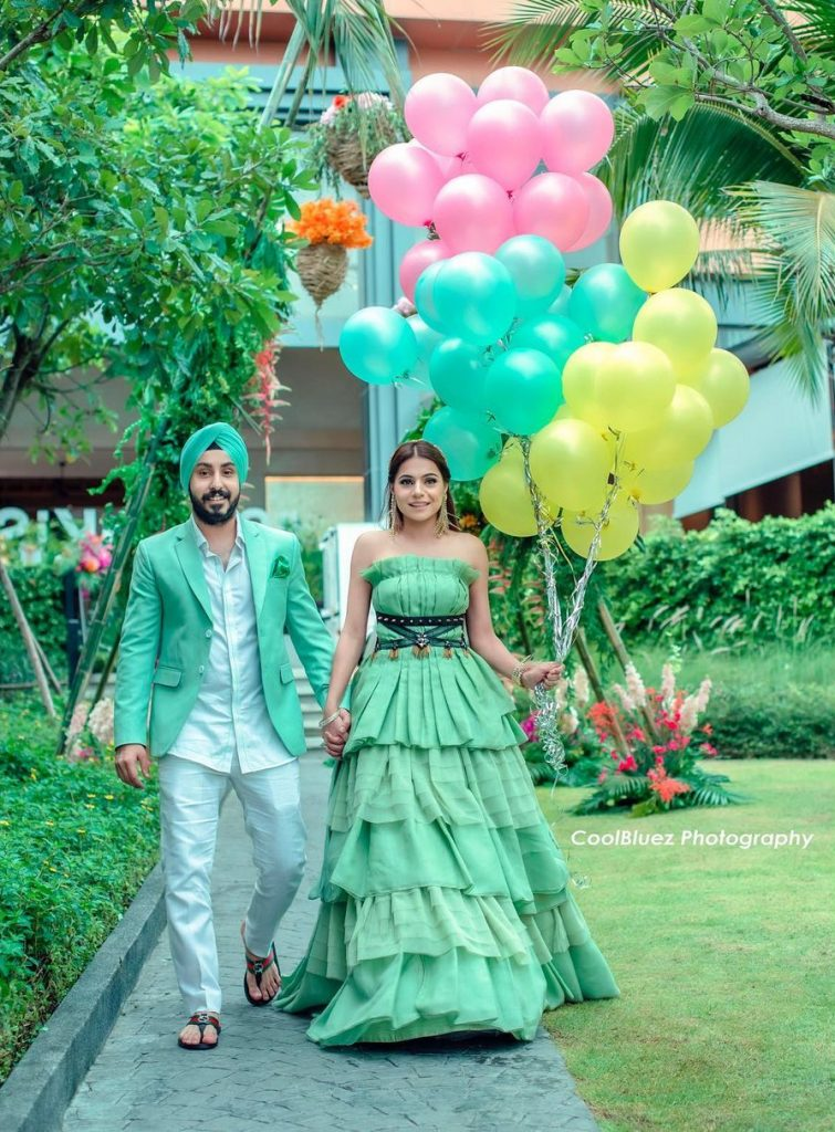 quirky helium balloon engagement entry ideas