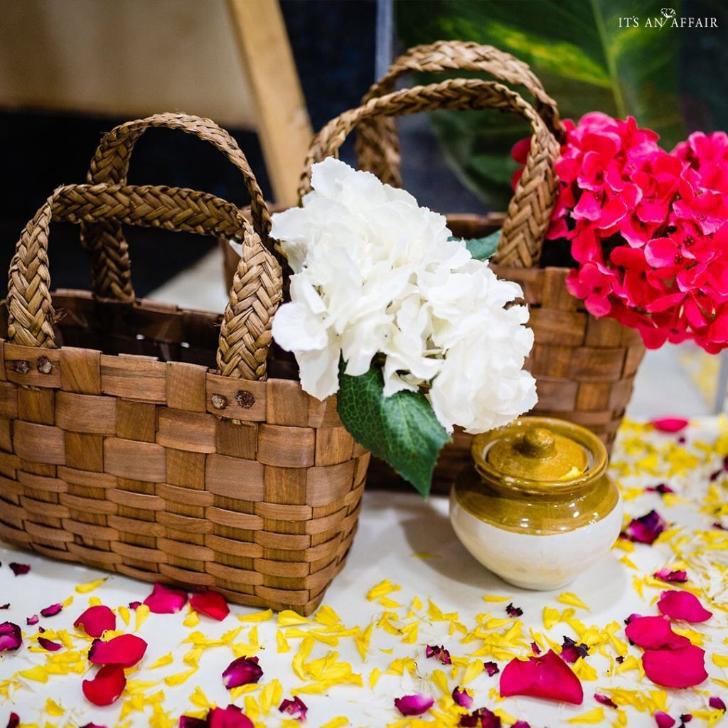 bamboo baskets as table decorations