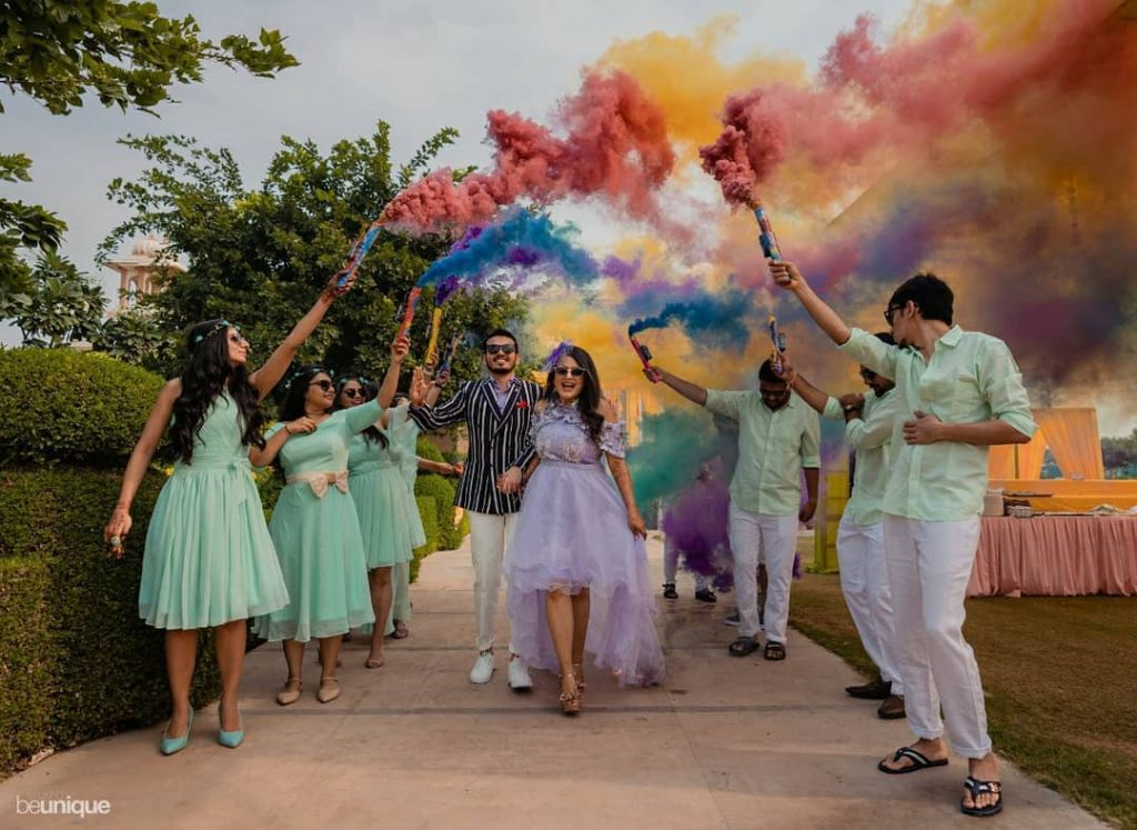 smoke bomb best bride and groom entry ideas