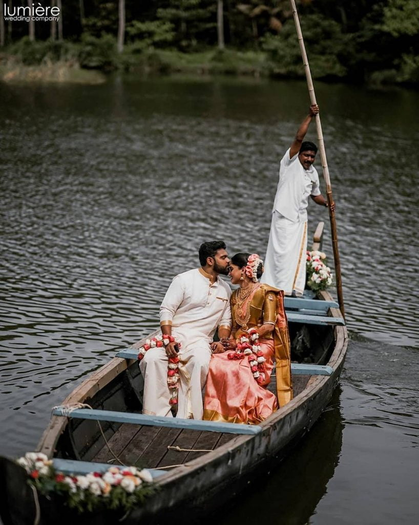boat unique entry of bride and groom