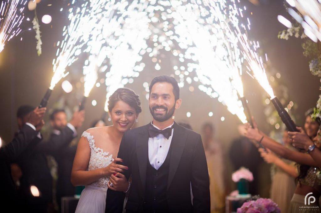 phuljhadi couple bride groom entry