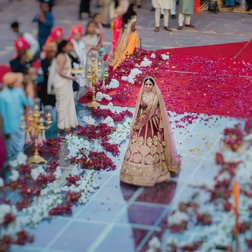 Bridal solo entry idea