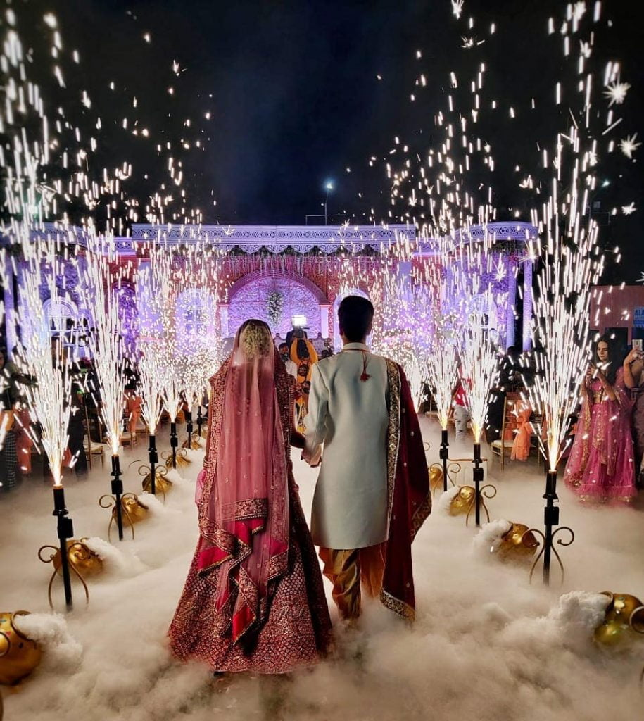best sparkler wedding couple entry ideas