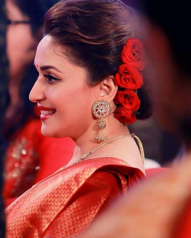 madhuri dixit in a puff hairstyle