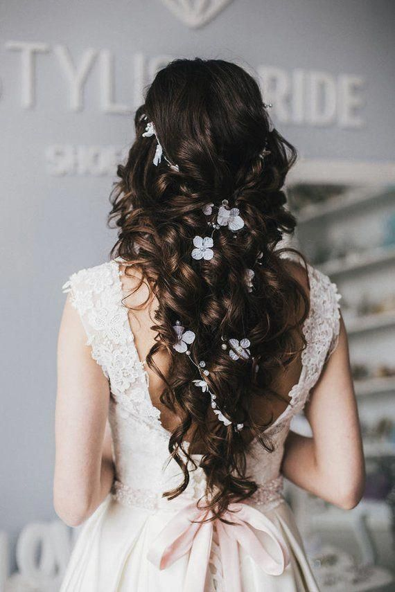 bohemian bridal hairstyle for round face