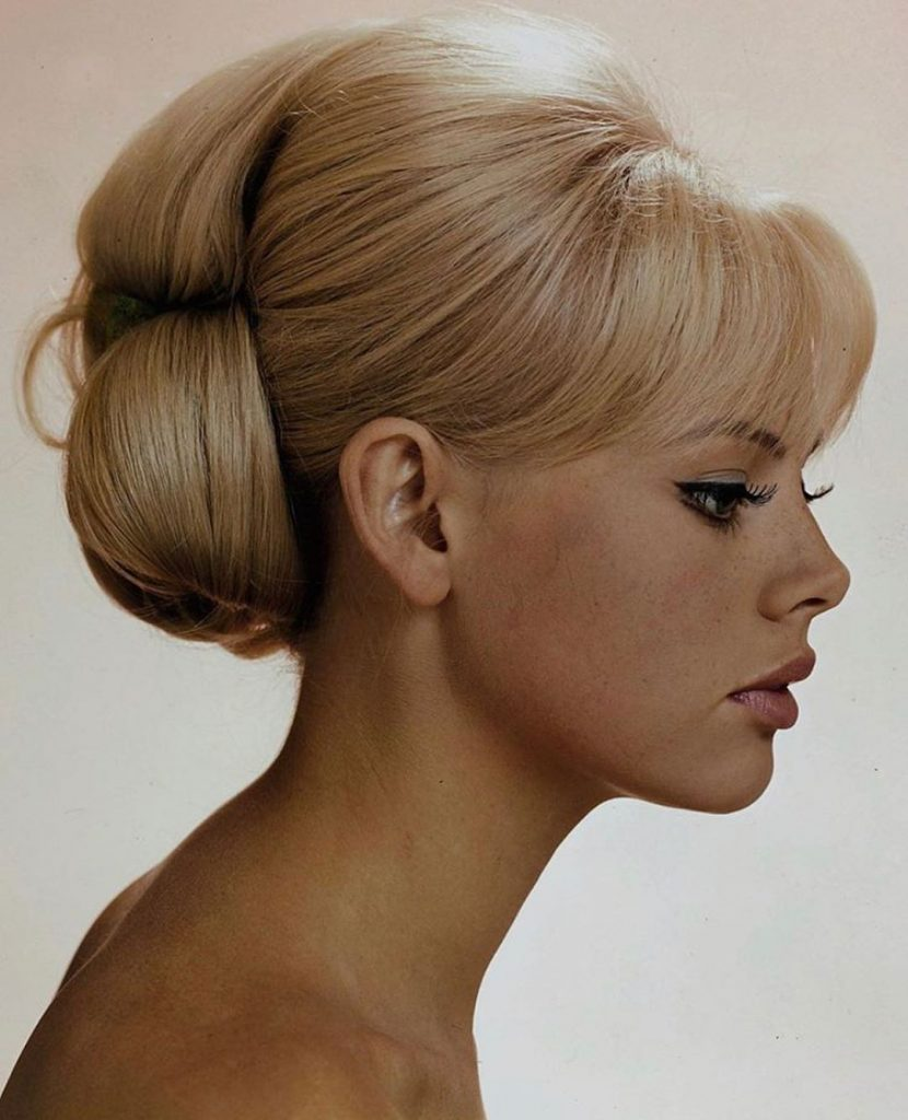 retro bridal hairstyle for round face