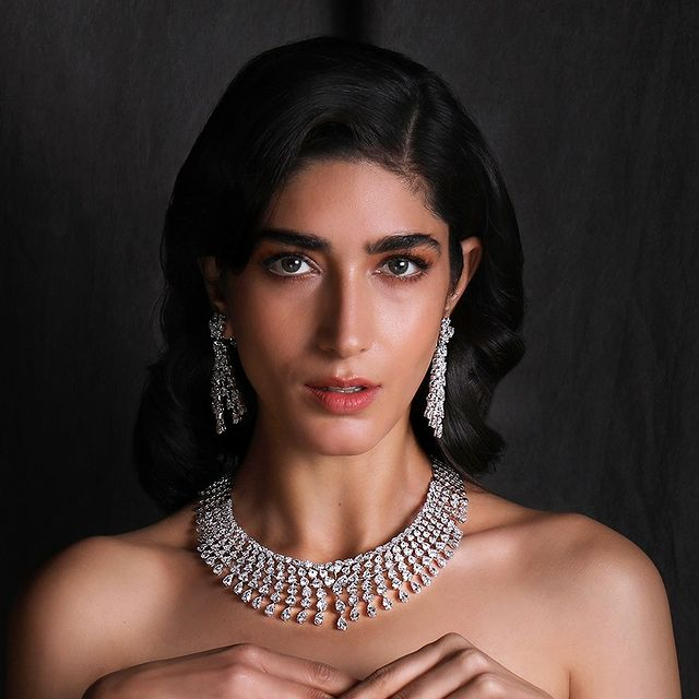 beautiful diamond necklace set as your indian bridal jewelry