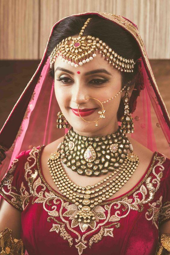 bridal jadau jewellery set with polki choker and layered neckpiece