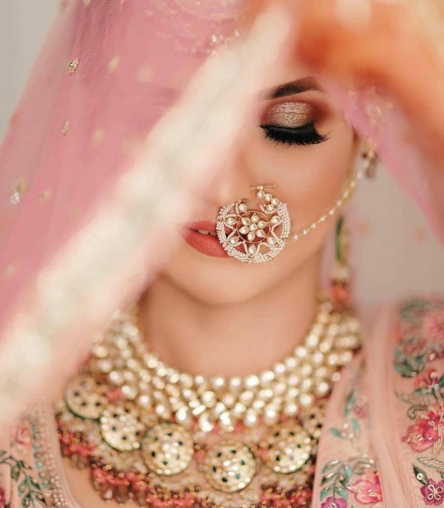 Diamond and rose gold jewellery for cool toned skin