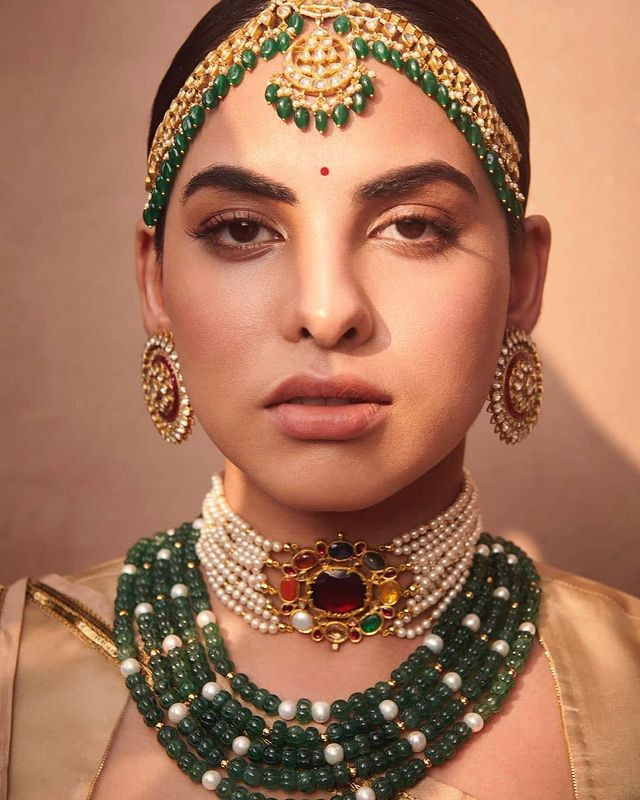Pearl stranded navratna choker and necklace with mathapatti