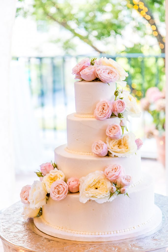 indian wedding checklist items with engagement wedding cakes