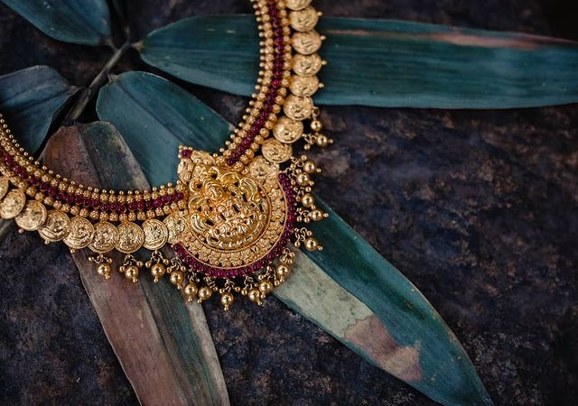 temple jewellery for weddings
