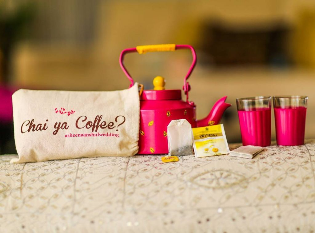 wedding gifts and favours for indian destination wedding checklist ideas
